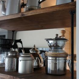 キッチン2 (『BASC GRAY』 ― 飾る、見せる)