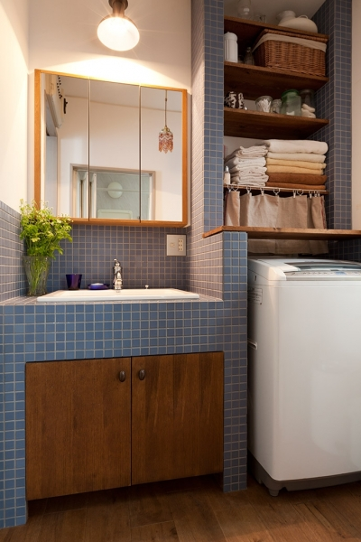 洗面室 (『BASC GRAY』 ― 飾る、見せる)