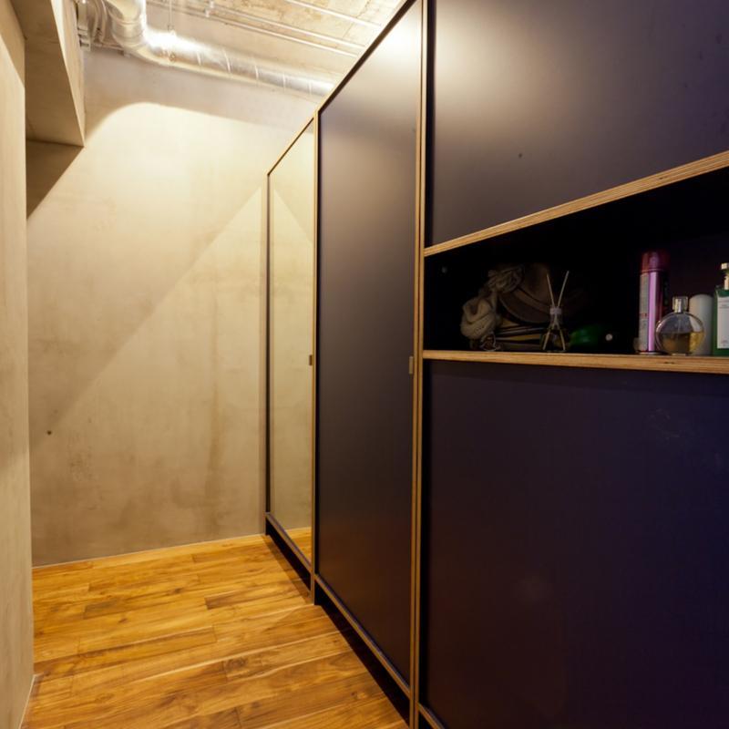 風格漂う中野ブロードウェイで ワインを楽しむ 大人リノベーションの部屋 廊下