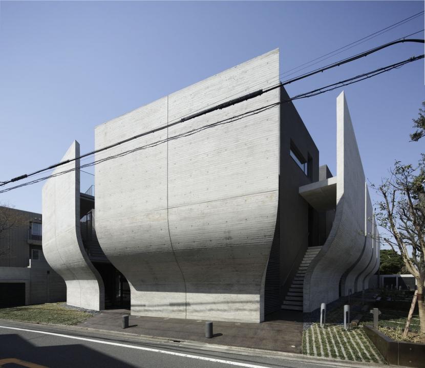 建築家:井手孝太郎「001」