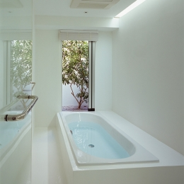 オビノイエ (浴室)