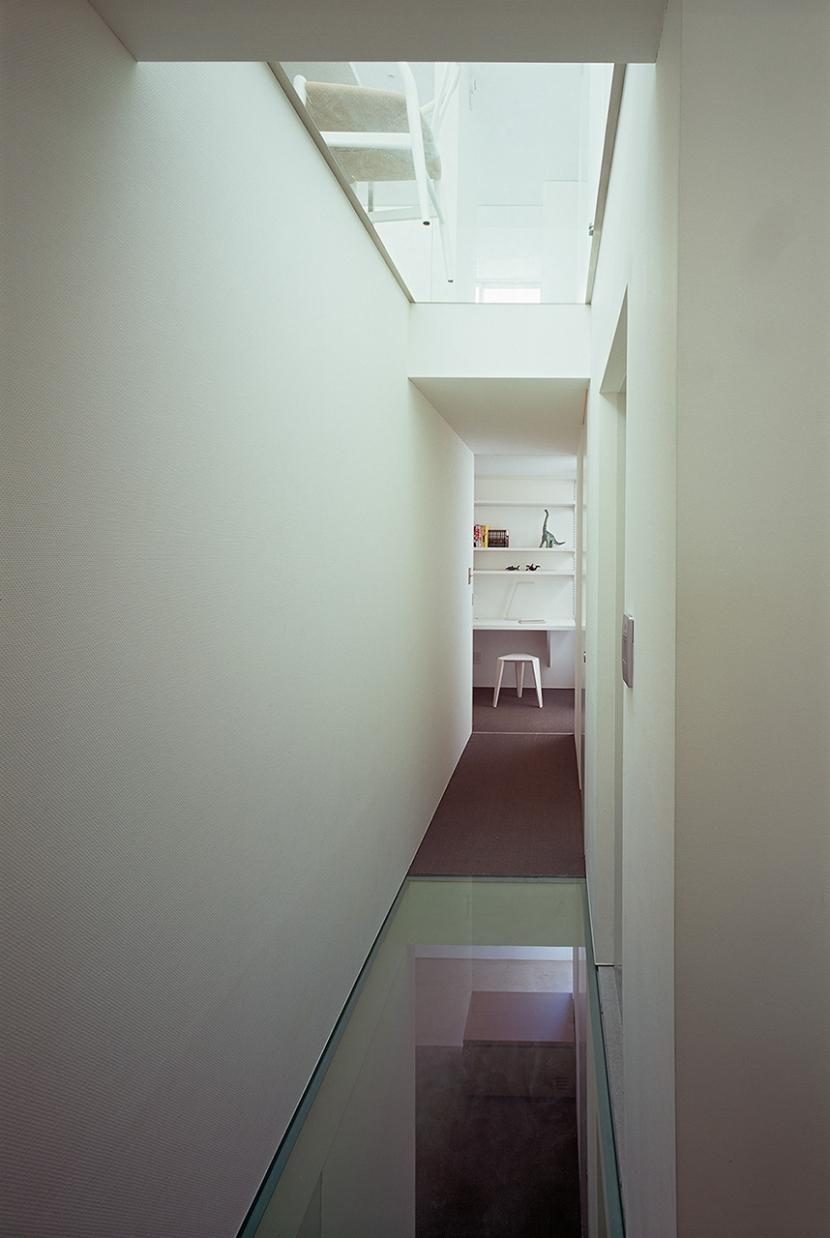 オビノイエの部屋 廊下2