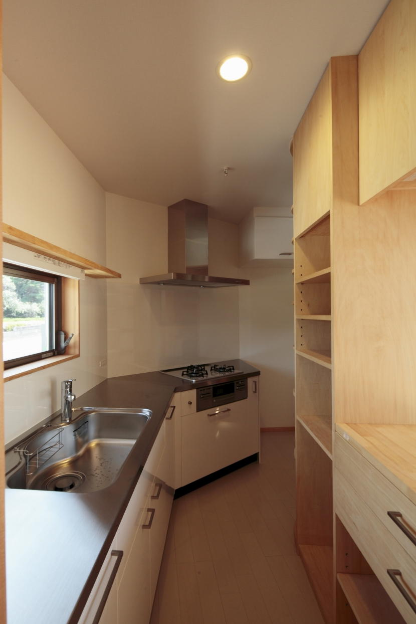 カフェ・ライブラリーの家の部屋 キッチン1