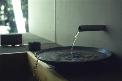 浴室(水注ぎ) (軽井沢コートハウス)
