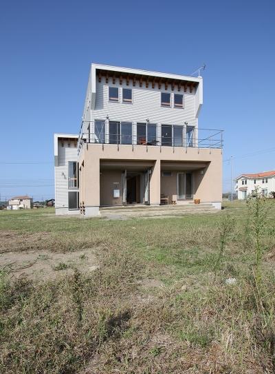 海の見える家 (見晴らしを最大限生かした南側外観です。)