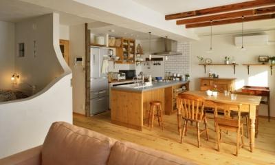 オーダーキッチンのある家
