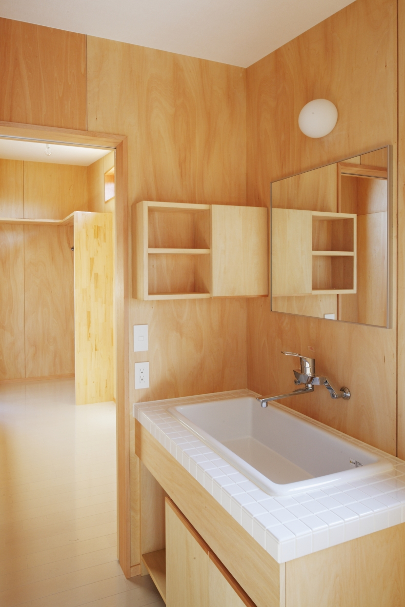 カフェ・ライブラリーの家の部屋 洗面台1
