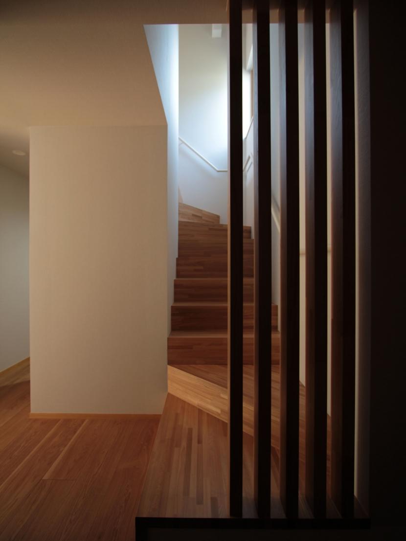 建築家:遠藤誠「入間町A邸-中庭とデッキテラスを中心に配した二世帯住宅-」
