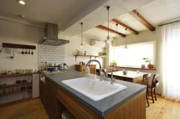 オーダーキッチンのある家 (キッチン2)