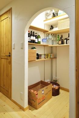 オーダーキッチンのある家 (かまくら収納)