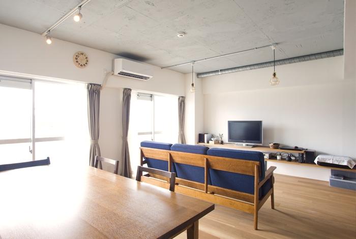 風と光が行き交う場所の部屋 リビング2