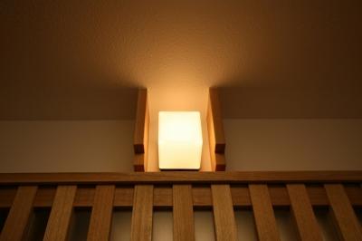 格子ずくしの家 (アクセント照明)