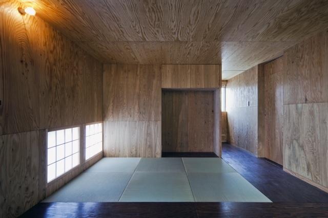 浜寺の家:大阪 . 堺の注文住宅 (タタミのスペース)