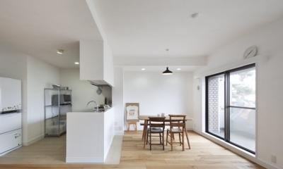 住吉川の家:神戸市のマンションリノベーション . 古材・漆喰を使ったスケルトンリフォーム