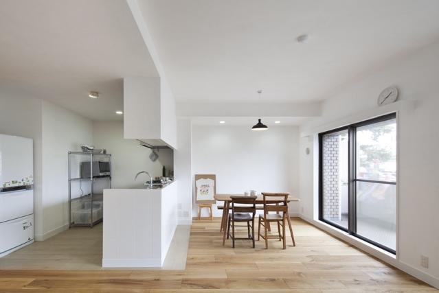 建築家:Coo Planning/中尾彰良「古材・漆喰を使ったスケルトンリフォーム」