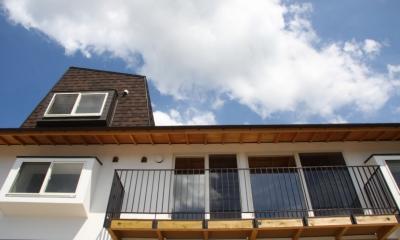 箕面森町の家:箕面森町の注文住宅 . 屋根裏ゲストルームのある平屋建て住宅