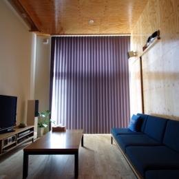 旭区の家:デザインを極めた黒い箱(住人十色)
