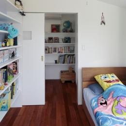 すべりだいの家 (子供部屋2)