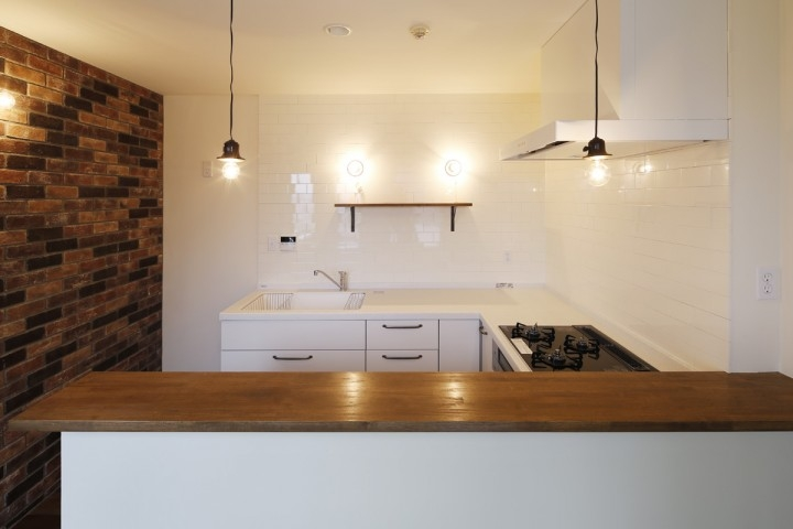 成城  本とともに暮らす家の写真 キッチン