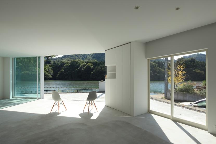 建築家:安藤毅「Lakeside-house」