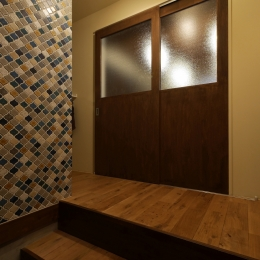 空掘の家:中古住宅フルリノベーション (玄関)