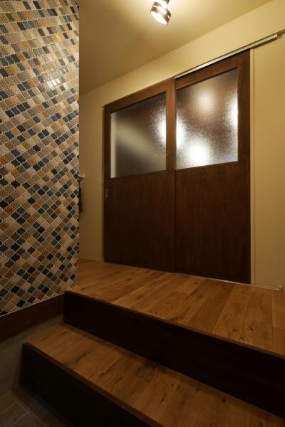 玄関 (空掘の家:大阪の中古住宅リノベーション)