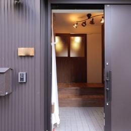 外観 (空掘の家:大阪の中古住宅リノベーション)