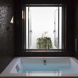 ヨロイ-浴室