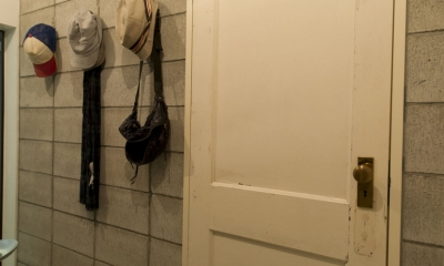 LDKをできるだけ広く。その分寝室は最小限の広さに (玄関)