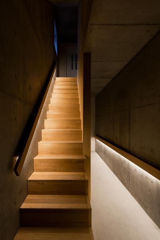 FLAPの写真 階段