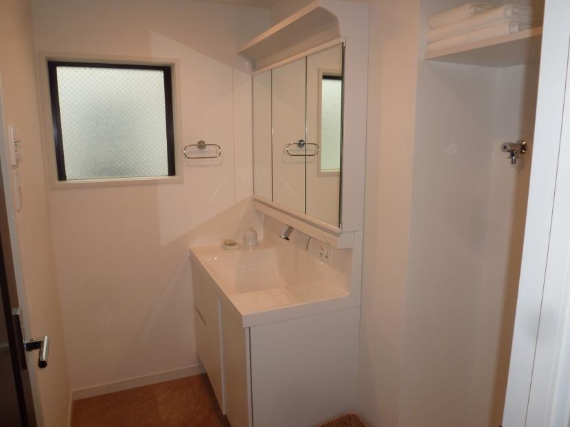 千葉邸の部屋 洗面室