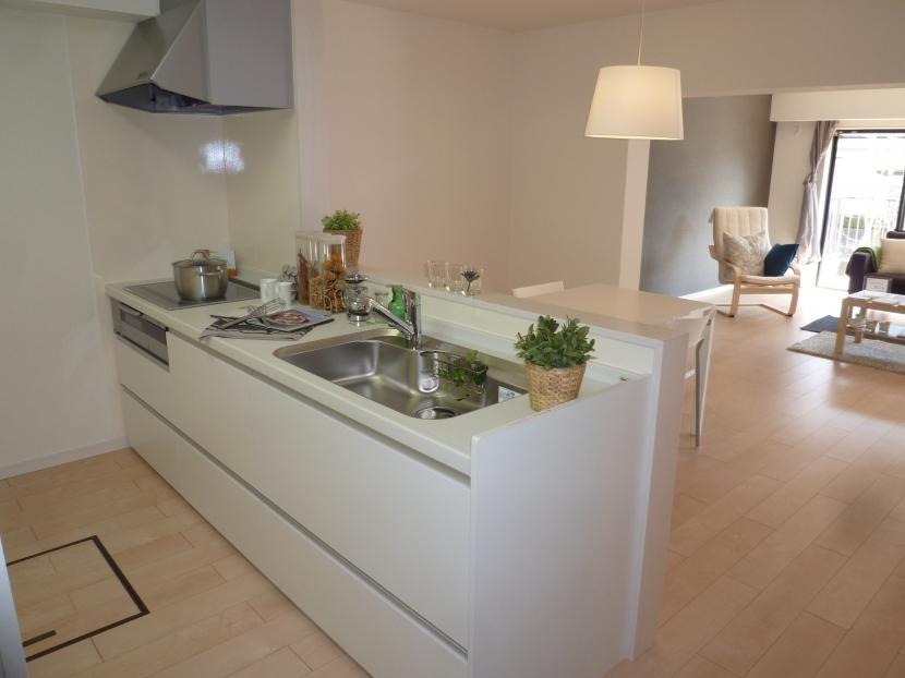 千葉邸の部屋 オープンキッチン