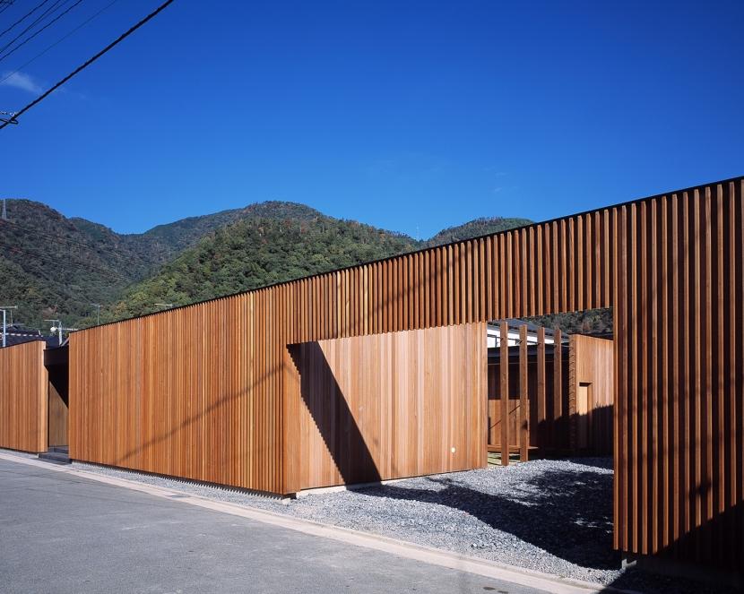 建築家:土井一秀「COURT HOUSE」