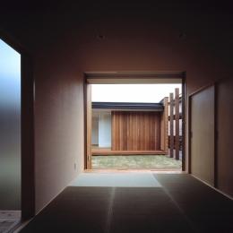 COURT HOUSE (和室)