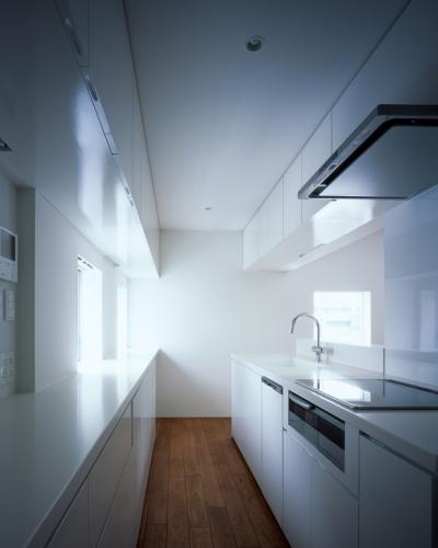 WHITE CAVE (キッチン)