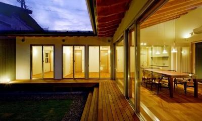窓辺の家 -window scape- (夕景 南)