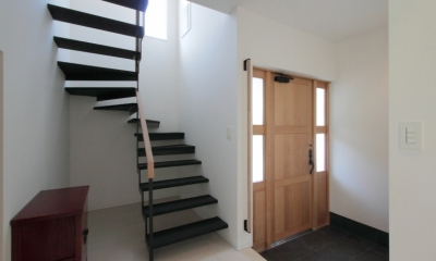 長野上松の家 -spazio unico- (玄関と階段)