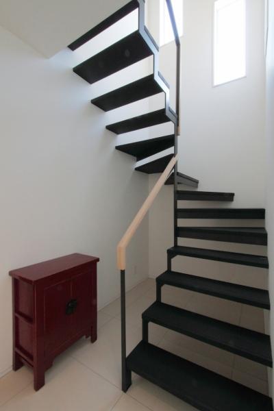 長野上松の家 -spazio unico- (階段)