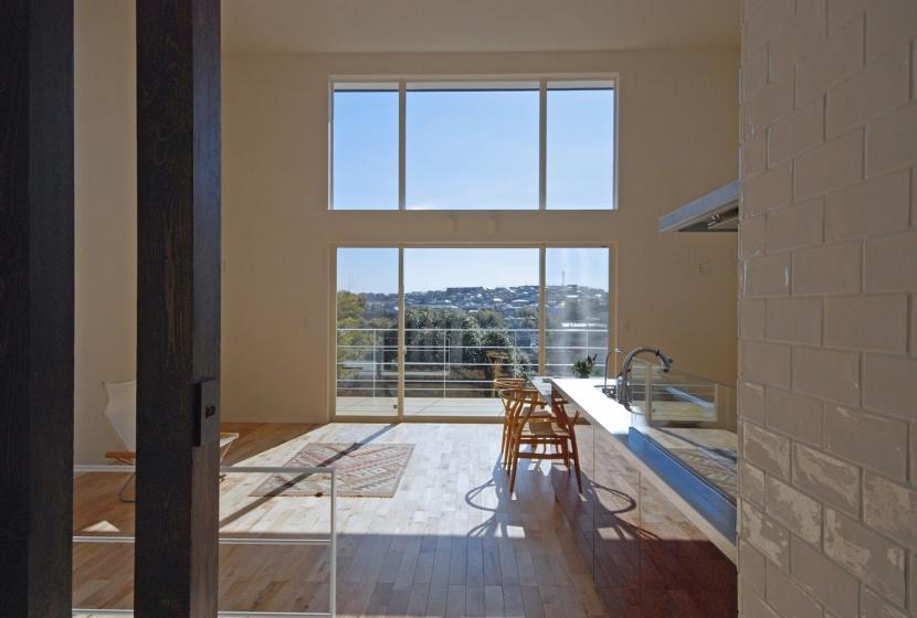 眺望の箱の部屋 LDH一体の開放的な大空間