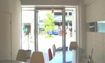 エントランス 大分市府内五番街商店街振興組合事務所   5th Avenue INFORMATION OFFICE