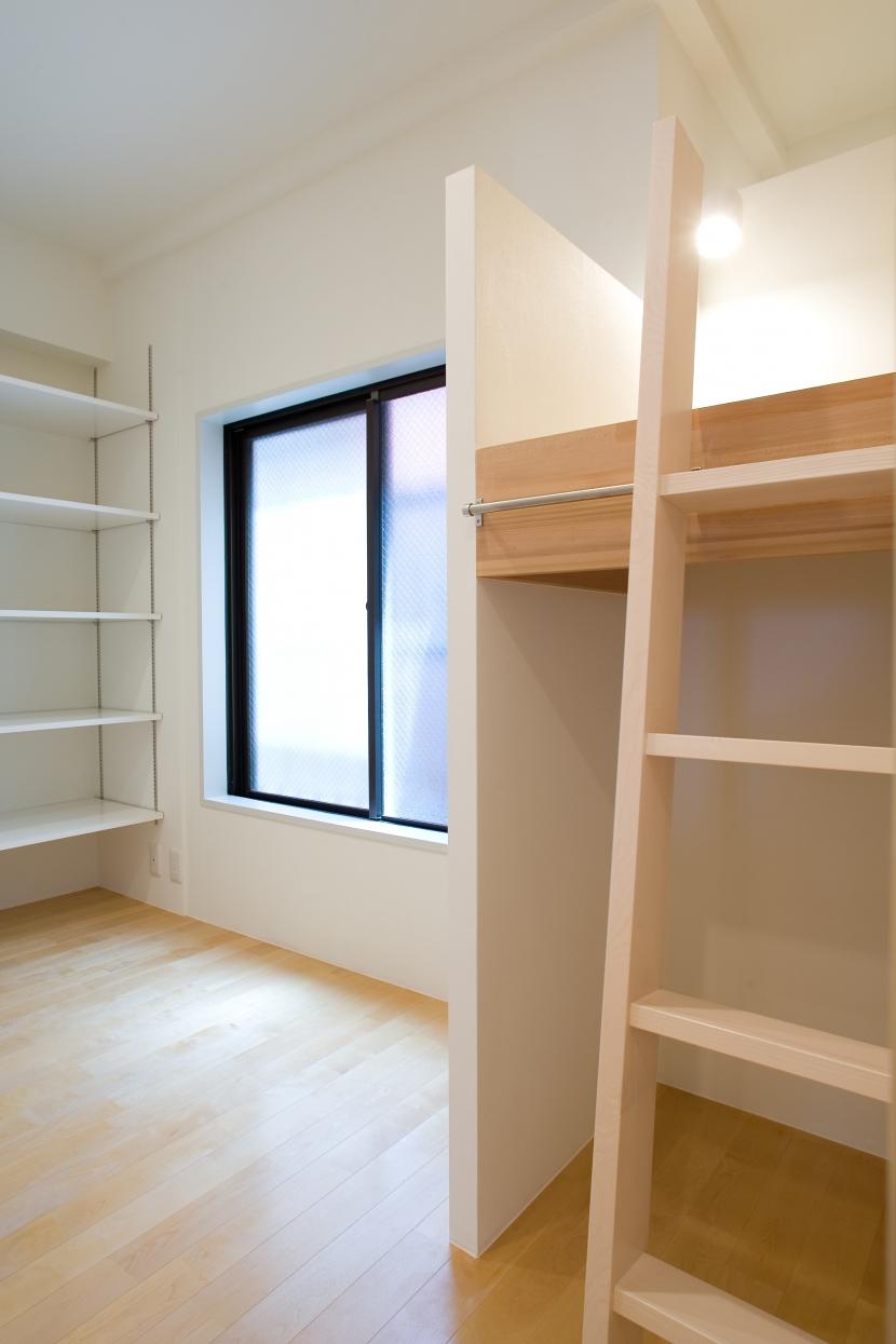 MK邸 リノベーションでつくる知恵の空間の部屋 立体2段ベッドのこども部屋