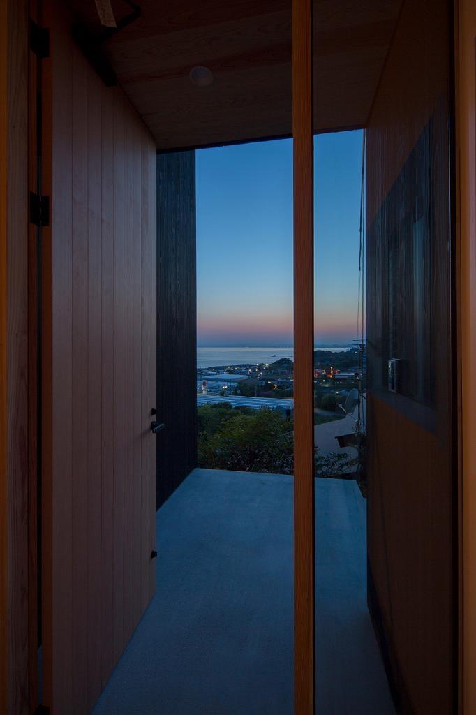 Tei 海がみえる家の部屋 玄関ポーチ
