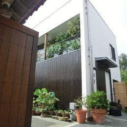 外観 (彩ちゃんの家〜大きな吹き抜けサロンのあるバリアフリー対応住宅【大阪市】)