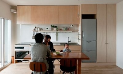 引き算の家|シンプル・ナチュラルなマンションリノベーション【京都市】 (シンプルな製作キッチン)
