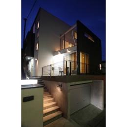 T+Kハウジング 2つの庭をもつ2世帯住宅