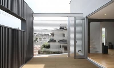 T+Kハウジング 2つの庭をもつ2世帯住宅 (ルーフテラス)