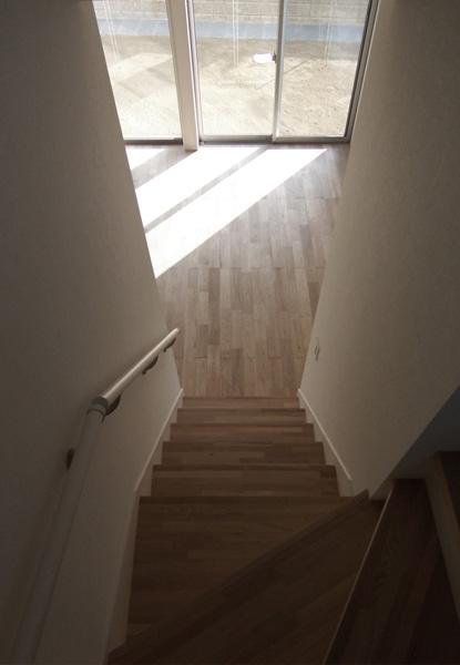 函の家の部屋 階段見下ろし