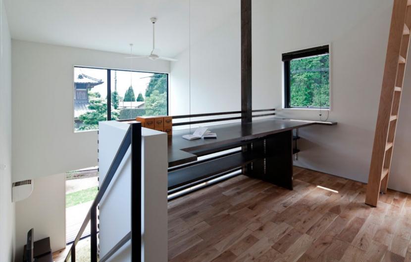 建築家:山本嘉寛「小さな中庭と大きな縁側」