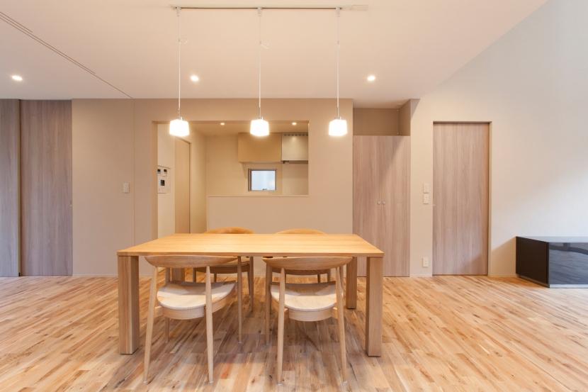建築家:秦野浩司建築設計事務所「船橋の家」