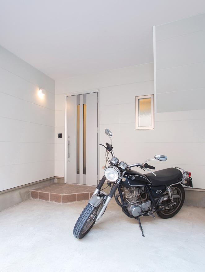 本所の家の部屋 ガレージ2